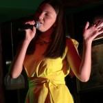 (Video) Larisa Ailoaie si-a lansat primul album într-un pub
